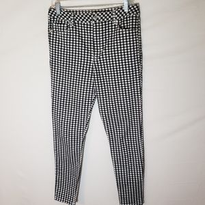 Forever 21 checkered pants size 28